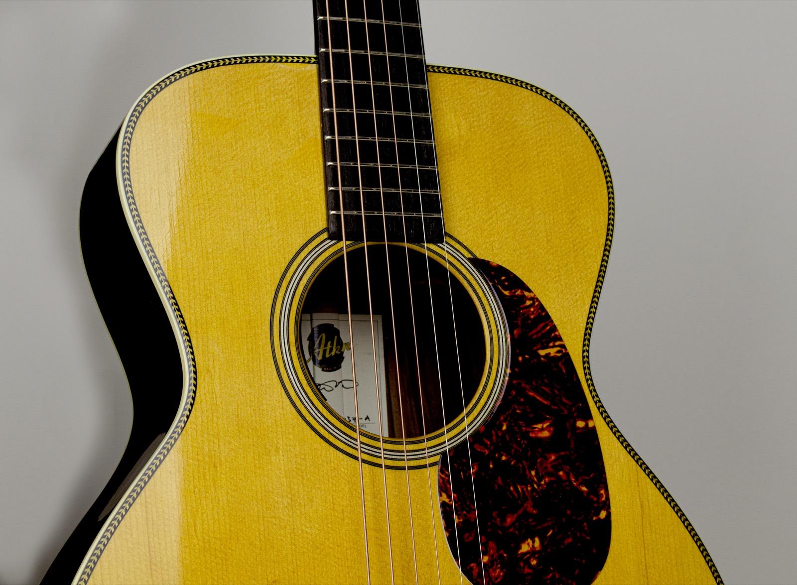 O37 - Atkin Guitars